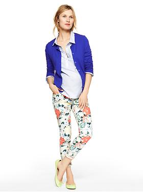 Gap stores with maternity clothes