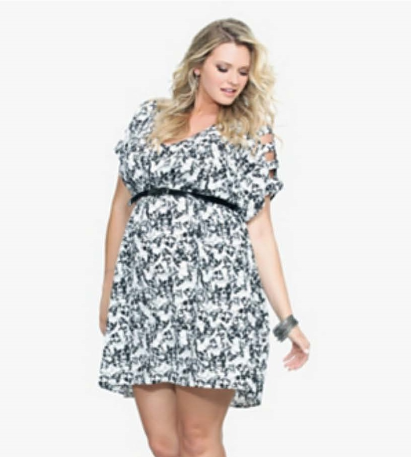 REBEL WILSON IN TORRID'S SKULL PRINTED PLUS SIZE DRESS | Stylish ...