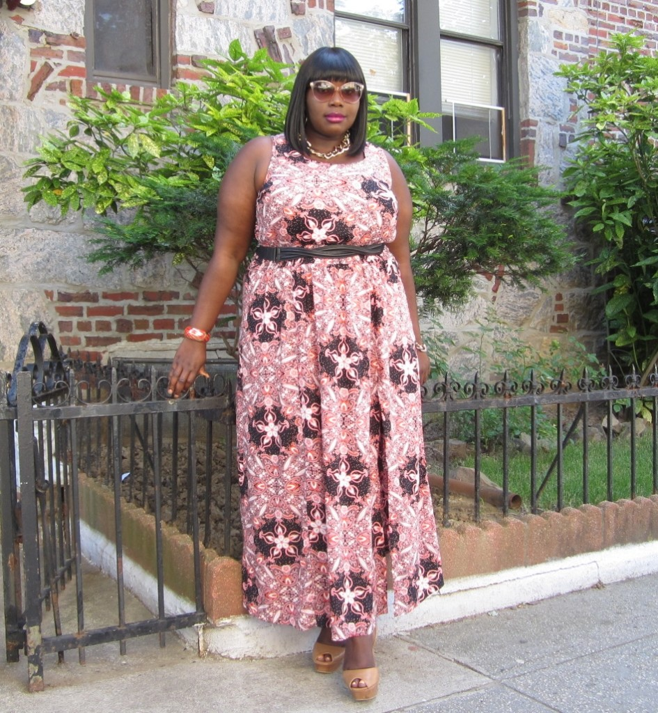 STYLE JOURNEY: PRINTS AND HIGH SPLITS   Stylish Curves