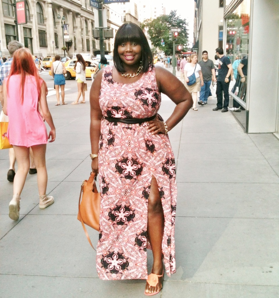 STYLE JOURNEY: PRINTS AND HIGH SPLITS | Stylish Curves