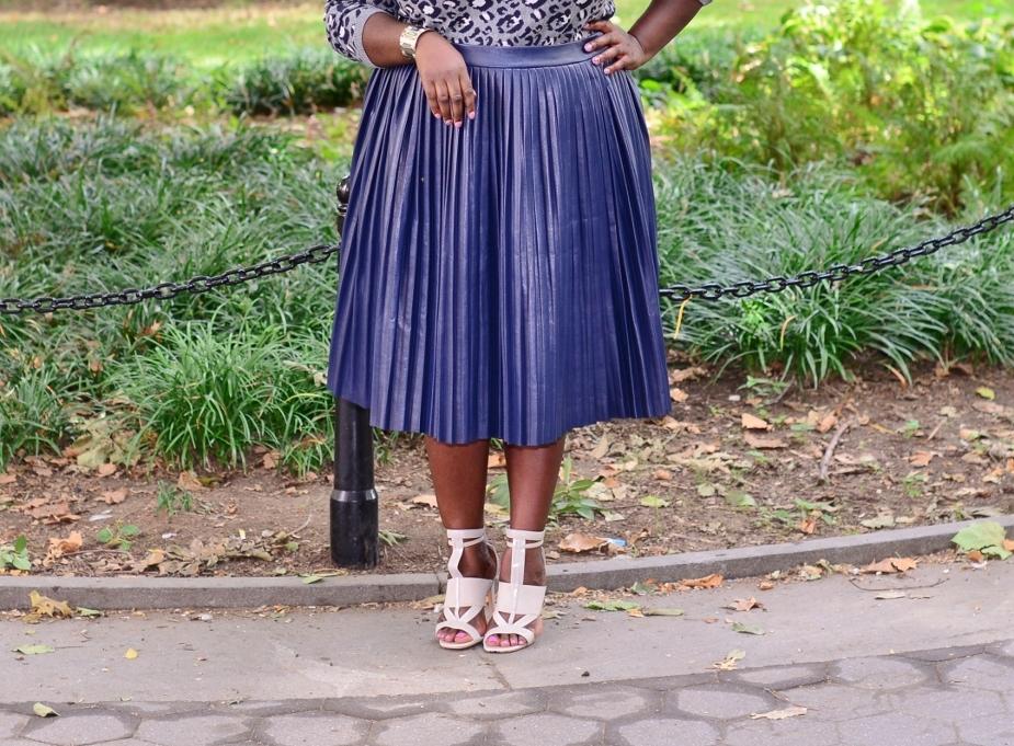 eloquii pleated skirt2 (925x1024) (925x681)