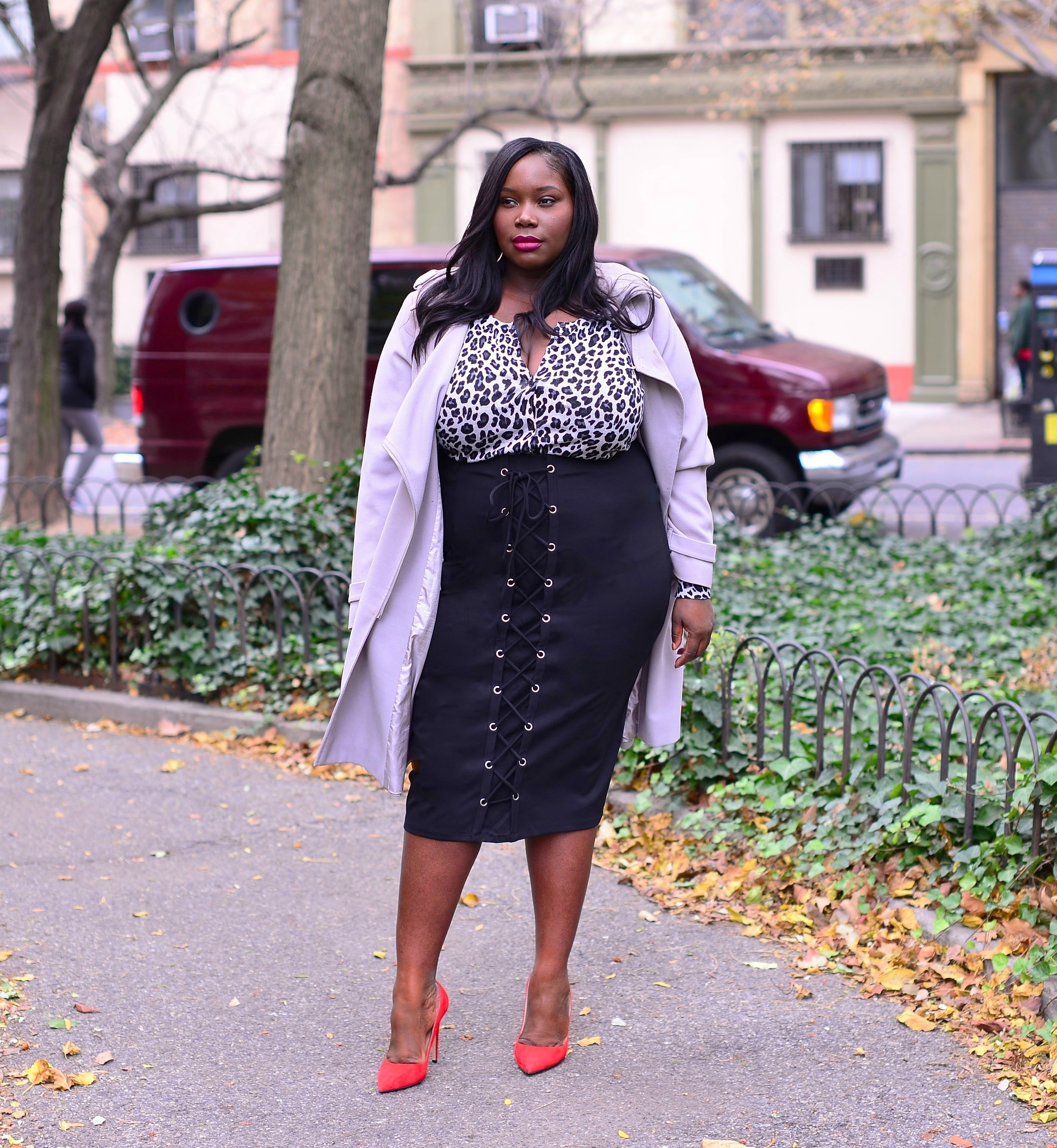 fashion to figure laced up pencil skirt