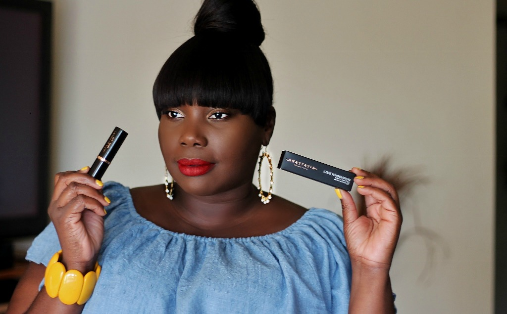 Anastasia Beverly Hills Stick Foundation in Cool Earth.jpg 3