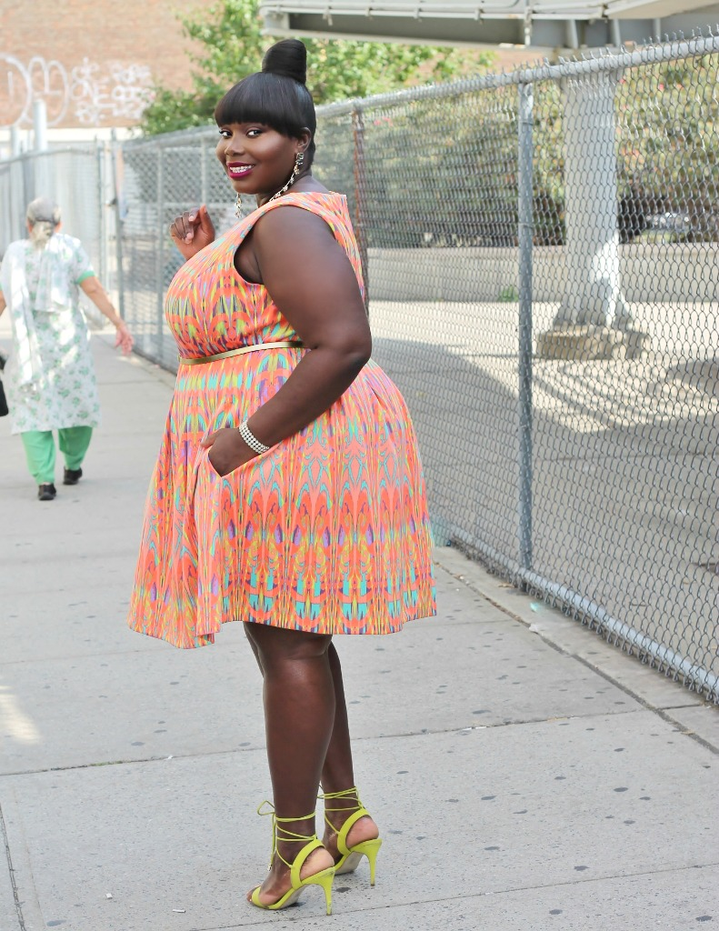 gabby-skye-plus-size-aztec-print-dress
