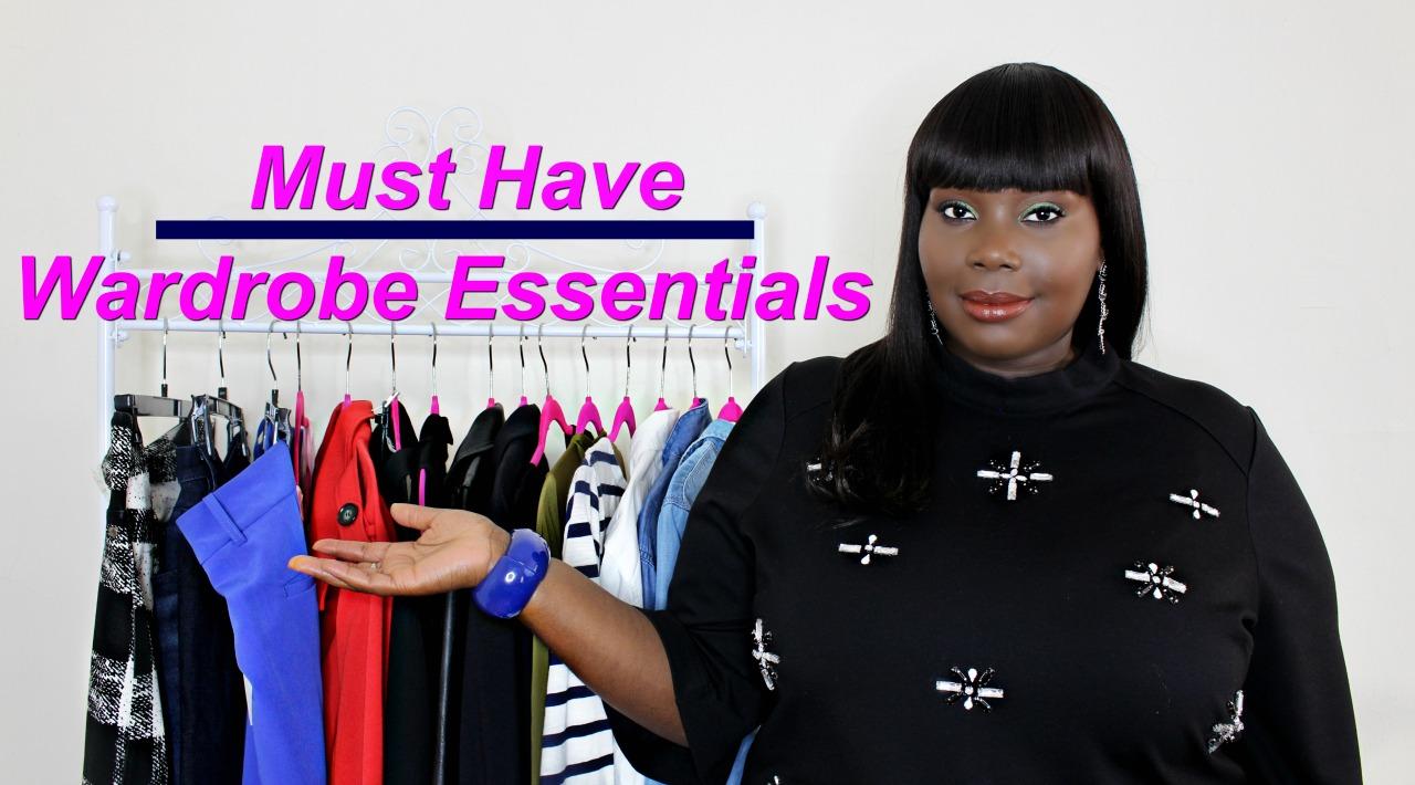 (Video) Garderobe Essentials Elke Plus Size Vrouw zou moeten hebben vrouw video moeten hebben garderobe essentials
