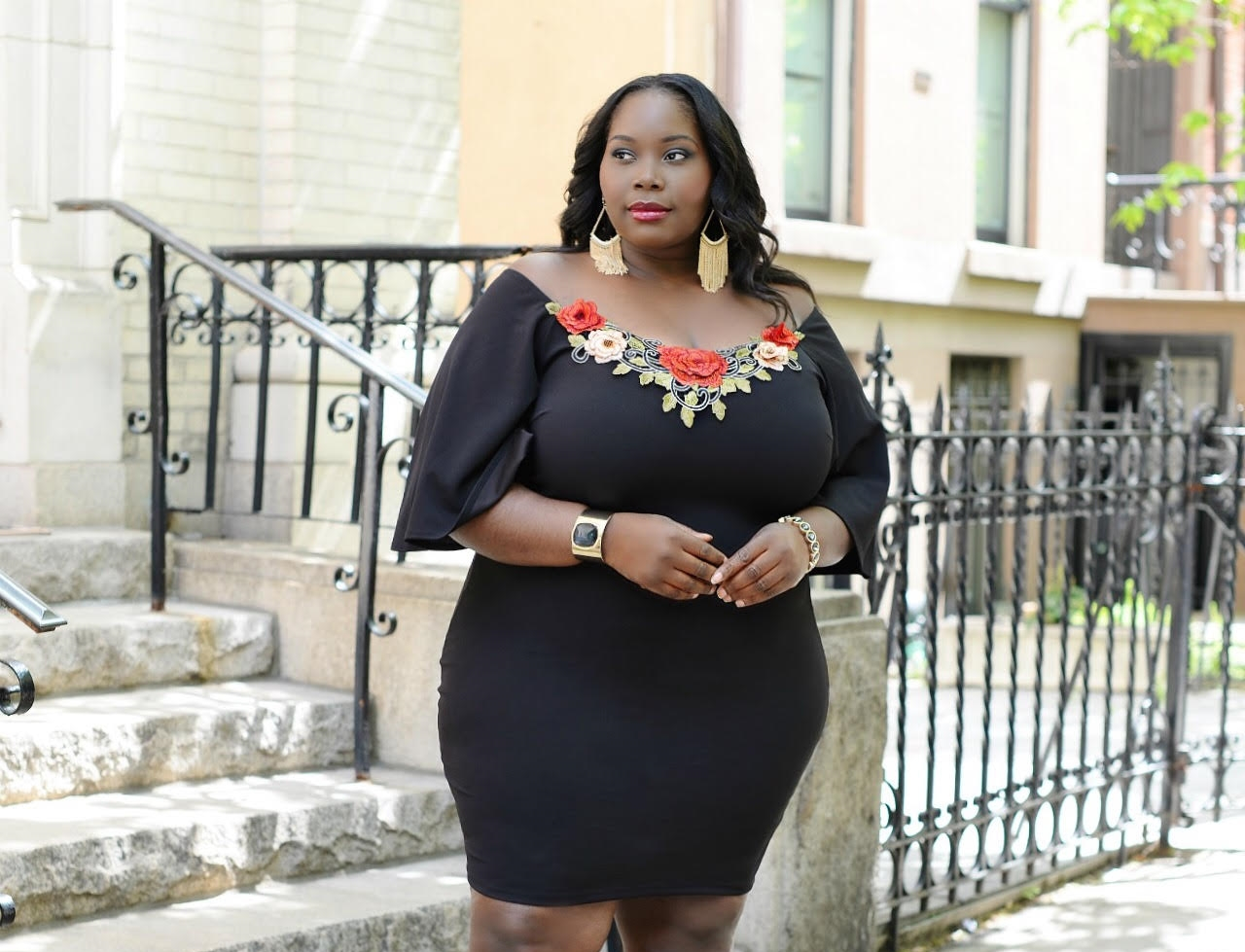 92d9ce4b3ee Keeping It Chic And Sexy In A Floral Embroidered Body Con Plus Size Dress