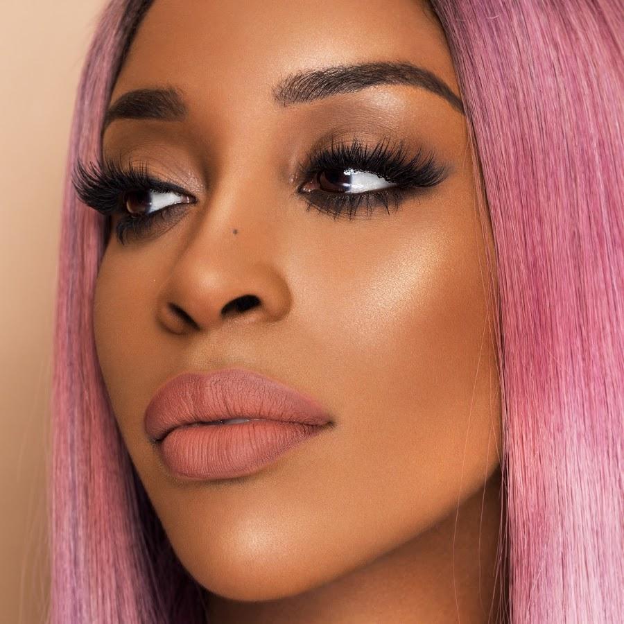 Beauty Influencer Jackie Aina werkt samen met te-gecaste cosmetica om hun foundation-tinten uit te breiden voor vrouwen van kleur Jackie Aina