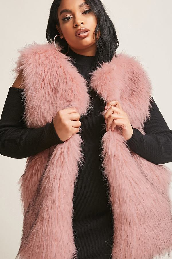080b531cd1ed5 Forever 21 Plus Is Snatching Wigs With Their New Stylish Fall Plus ...