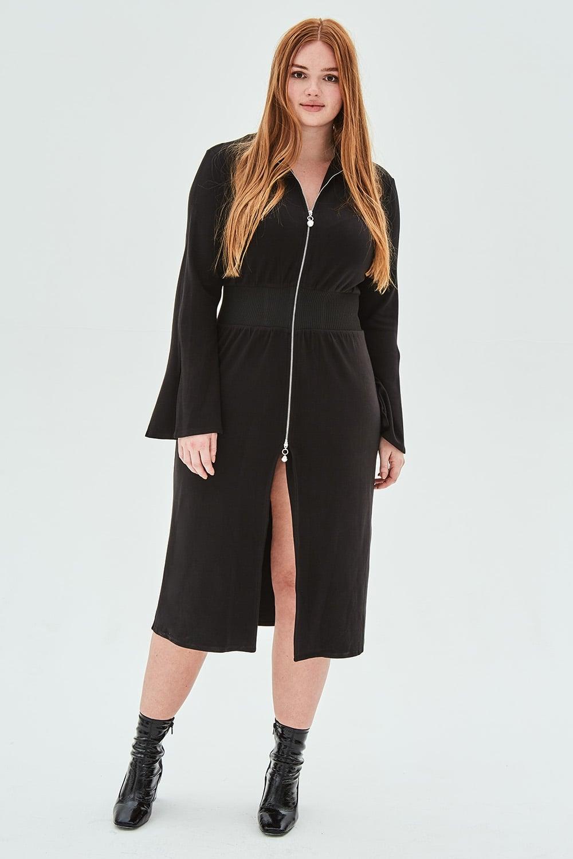 Elvi clothing size inclusive body positive campaign