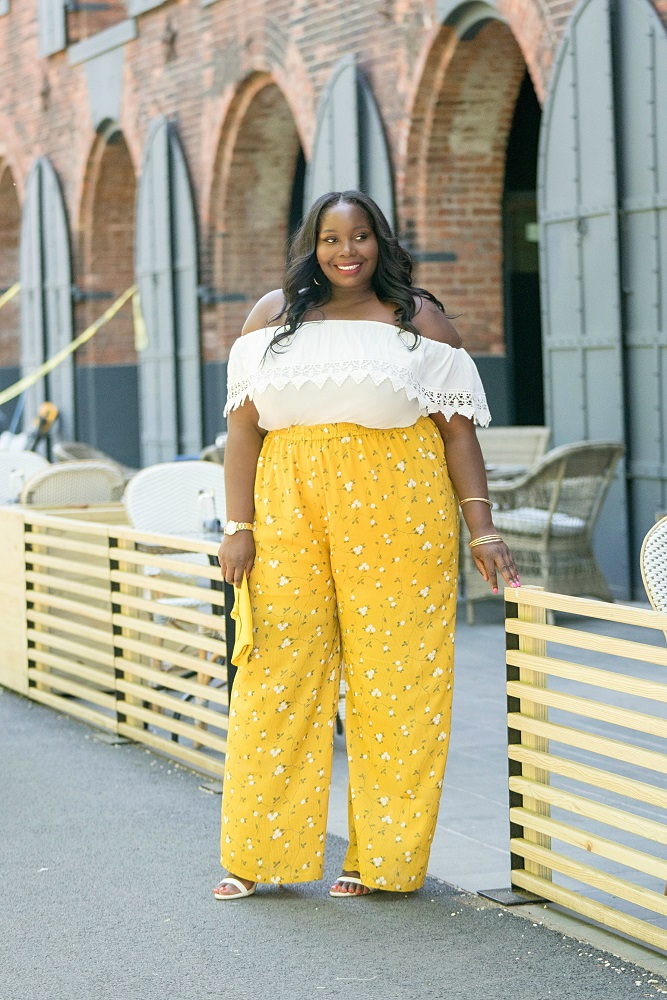 How I Wear Floral Printed Plus Size Palazzo Pants
