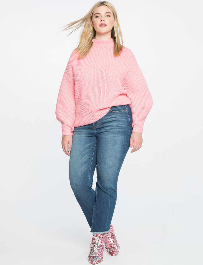 24b5f3dbc41 10 Cute Plus Size Sweaters That Look Great With Jeans