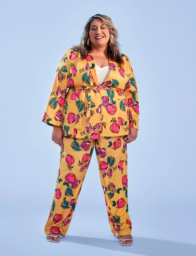 trendy plus size suits